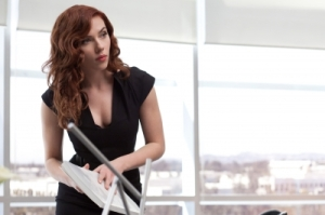 98887_scarlett-johansson-stars-as-the-black-widow-in-the-new-iron-man-2